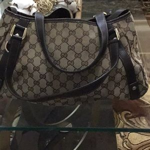 Gucci Hobo Bag —OPEN TO OFFERS